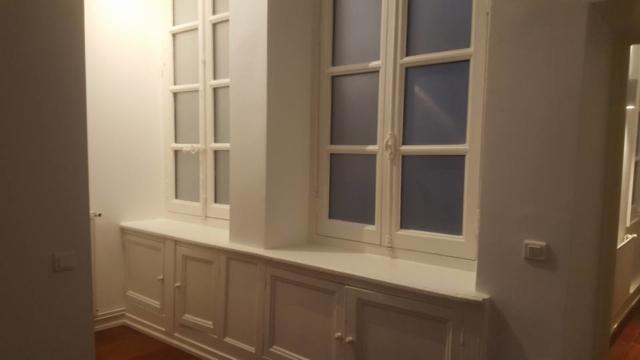 Pose nouvelle vitretrie et peinture bois
